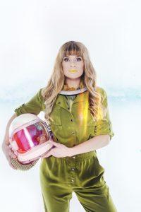Sandra van Nieuwland - Human Alien